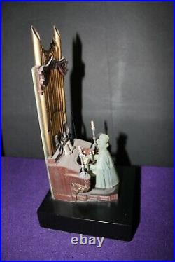 Disney 2005 Haunted Mansion Organist Music Box with COA LE 999