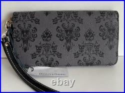 Disney Dooney & Bourke Haunted Mansion Wallpaper Wallet Wristlet Great Placement