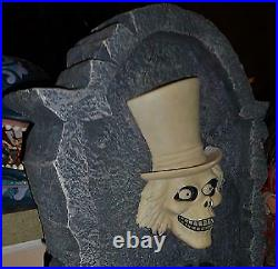 Disney Haunted Mansion Hatbox GHOST big figure tombstone lights NEW CONDITION