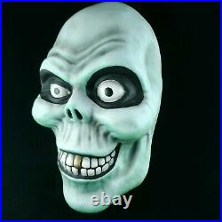 Disney Haunted Mansion Hatbox Ghost Prop Mask Display