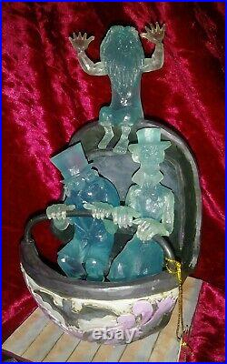 Disney Haunted Mansion Hitch hiking ghosts Doombuggy figure statue Jim Shore