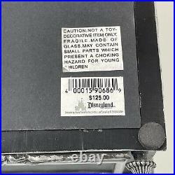 Disney Haunted Mansion Letters Shadowbox Dave Avanzino (149870-5)