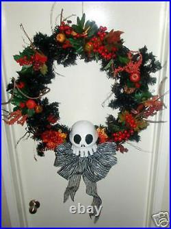 Disney Haunted Mansion Nightmare Before Christmas Bone Holiday Door Wreath