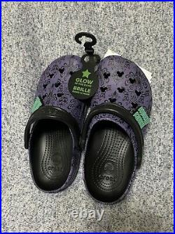Disney Haunted Mansion Purple Wallpaper Crocs Adult Shoes In Hand M5/W7