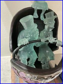 Disney Parks Haunted Mansion Jim Shore Doom Buggy Hitchhiking Ghosts Figure NEW
