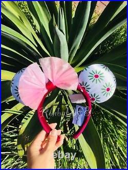 Disney Parks Haunted Mansion Minnie Ears Umbrella Girl Bat Purple Wallpaper Maid