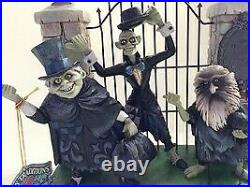 Disney Parks The Haunted Mansion Hitchhiking Ghosts Jim Shore Statue Figurine