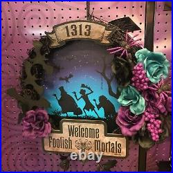 Disney haunted mansion halloween wreath light up door decor