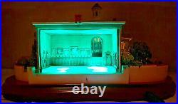 Disneyland Olszewski Haunted Mansion Light Up Figurine with3 scenesEUC