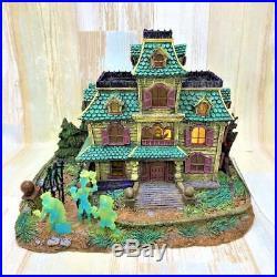 Haunted Mansion Hitchhike Ghost Light Up Music Box Village figure disney Rare