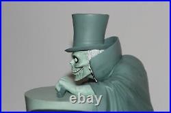 NEW Hatbox Ghost Disney Big Fig Figure Haunted Mansion Theme Park Costa Alavesos