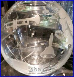 New Disney Parks Arribas Madame Leota Haunted Mansion Etched Crystal Ball Vase